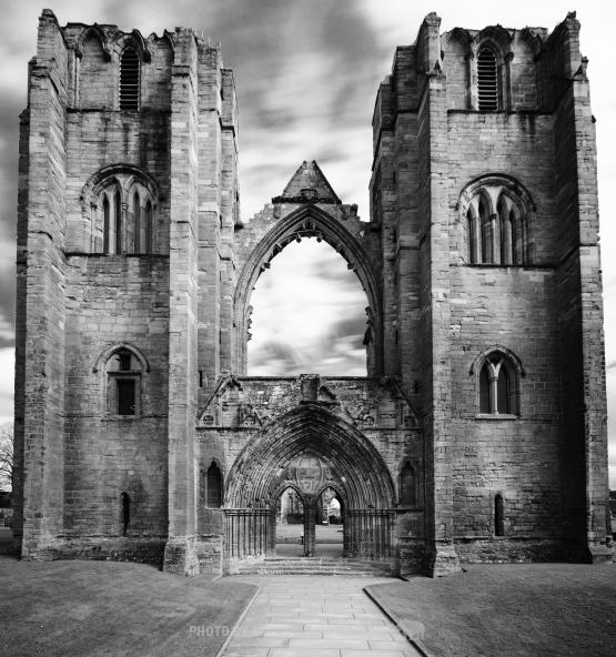 Elgin Cathedral by Andrew Sommerfeld